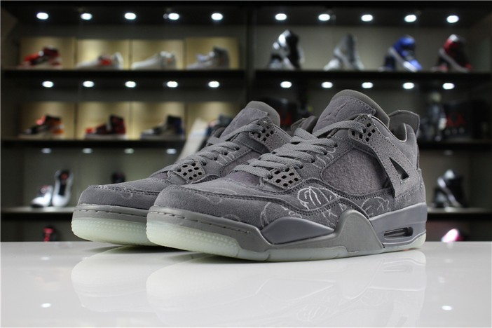 Mens KAWS x Air Jordan 4 (IV) Retro Cool Grey 930155 003 Shoes
