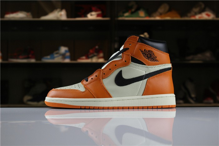 "Air Jordan 1 Retro High OG ""Shattered Backboard Away"" Sail Starfish Black Shoes"