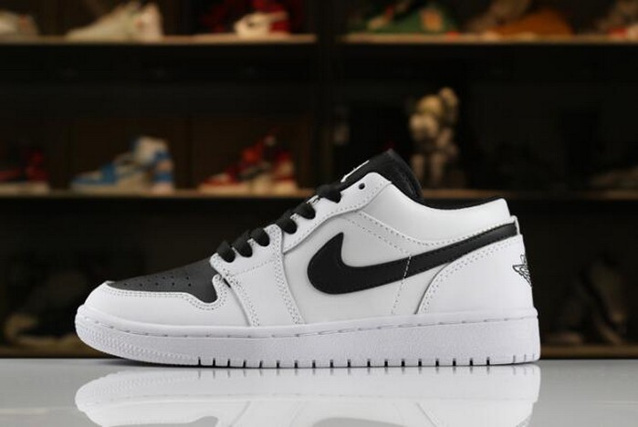 Air Jordan 1 (I) Retro Low White Black Shoes