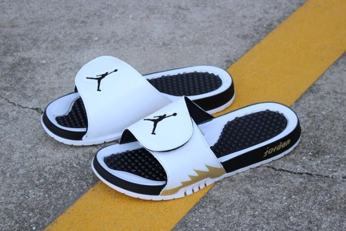 Air Jordan Hydro 5 Retro Slide White Metallic Gold Black